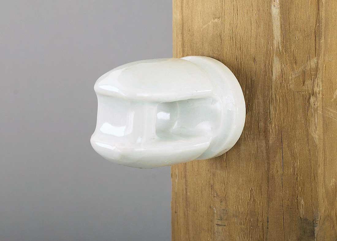 Standard Porcelain Line Insulator W Lag Bolt Hog Slat