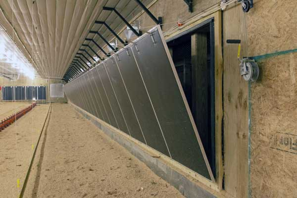 TEGO tunnel doors seal up ventilation openings and direct air up and across to promote mixing.