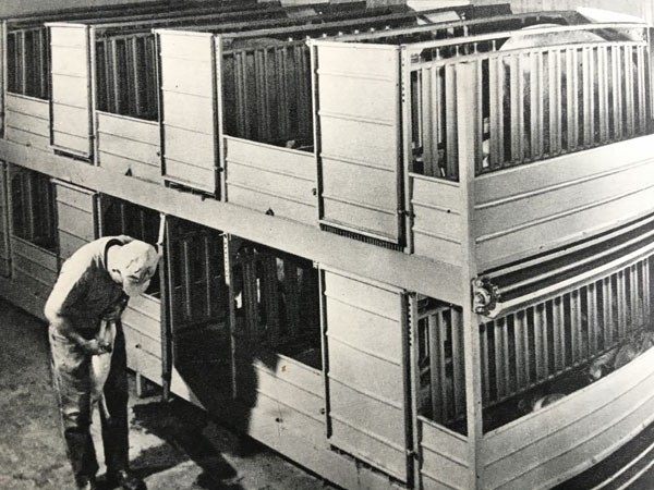 Double-deck-farrowing(web)