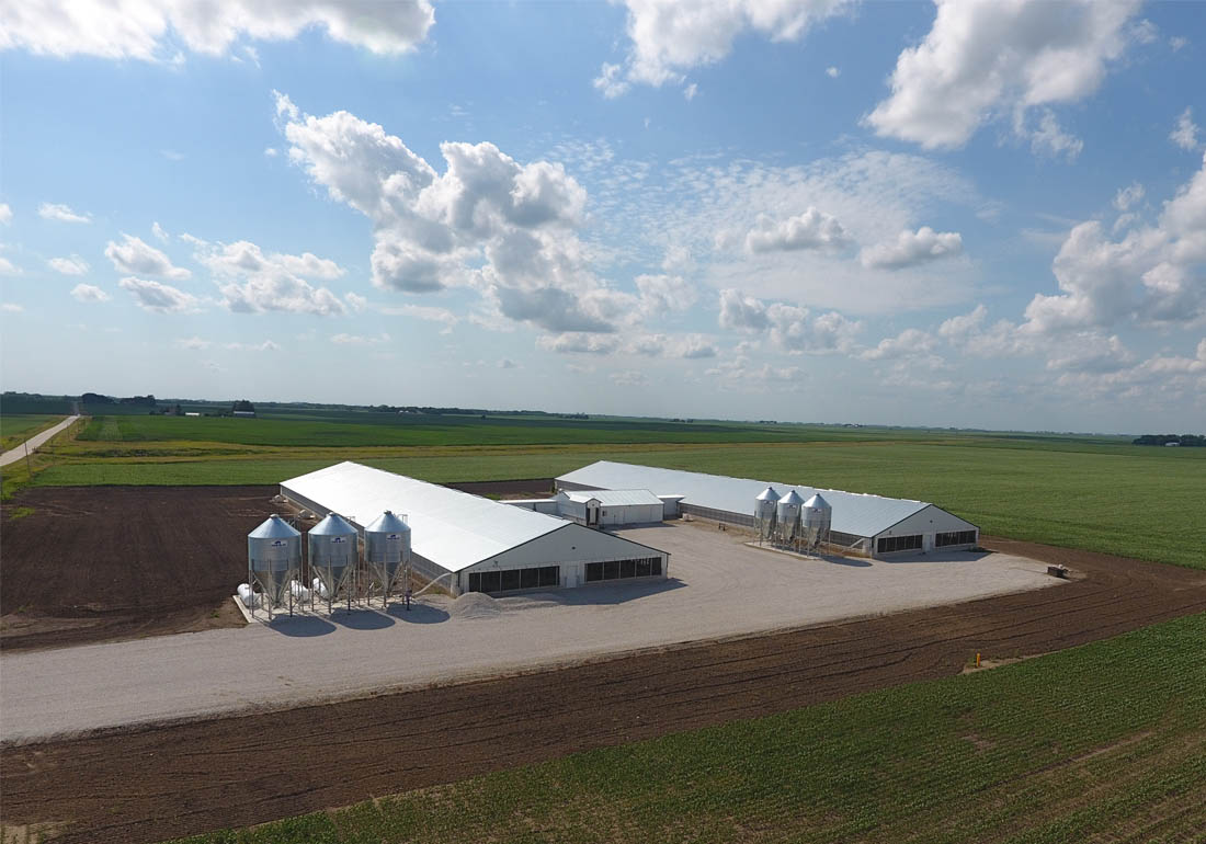 4,800 head wean to finish hog farm constructed by Hog Slat in NW Iowa.