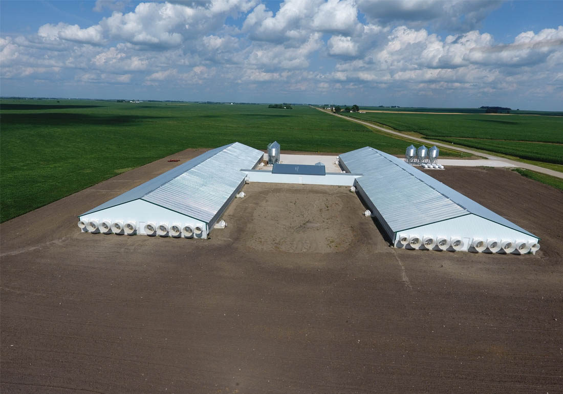 Rear aerial view 4,800 head wean-to-finish site
