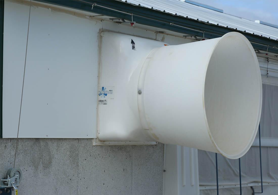 """36"""" GrowerSELECT AirStorm fiberglass exhaust fan."""