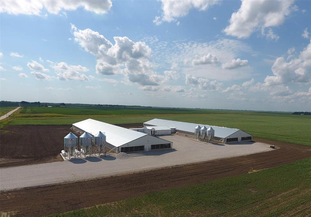 New Construction Midwest Finishing Hog Farm_Hog Slat