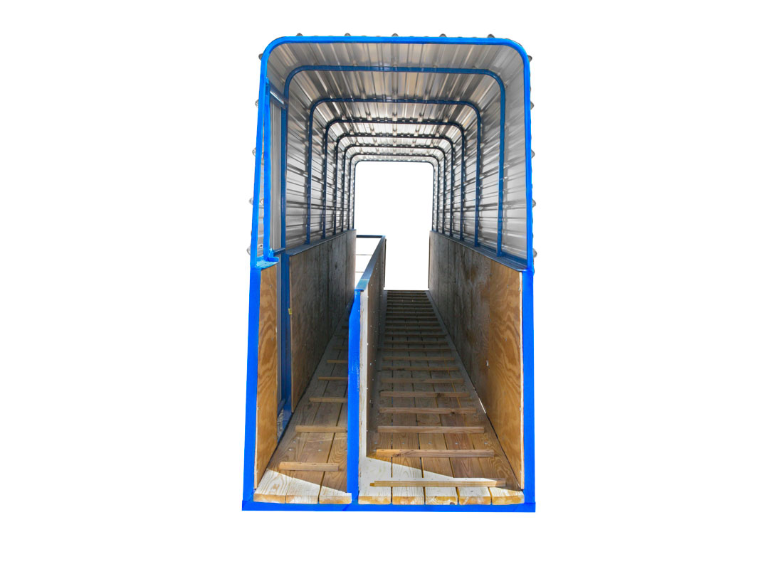 Inside walkway models feature an interior wall partition that separate pigs and loading crew workers.
