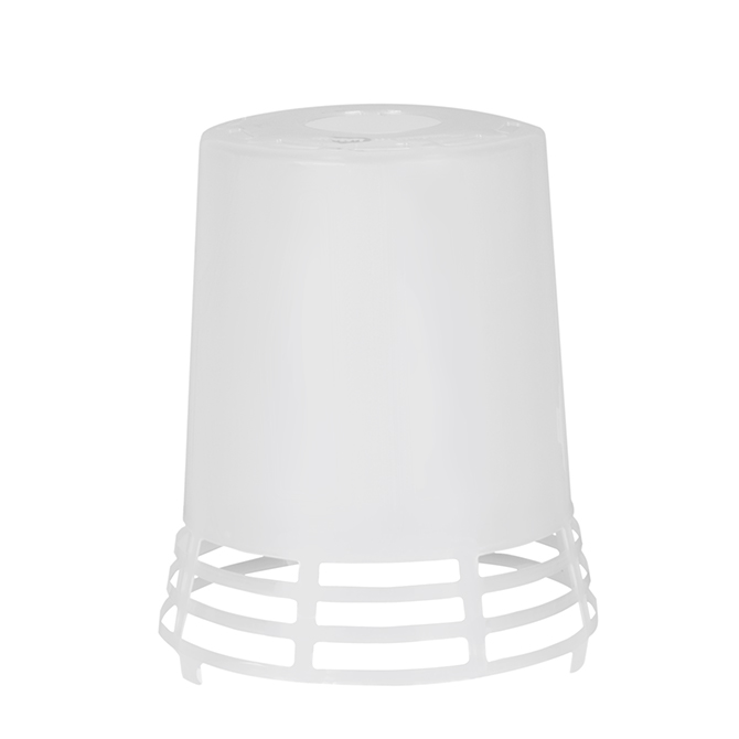 The Hog Slat® Poly Heat Lamp shade is made of a long lasting polypropylene formula that includes UV stabilizers to resist damage from sunlight and environmental conditions.