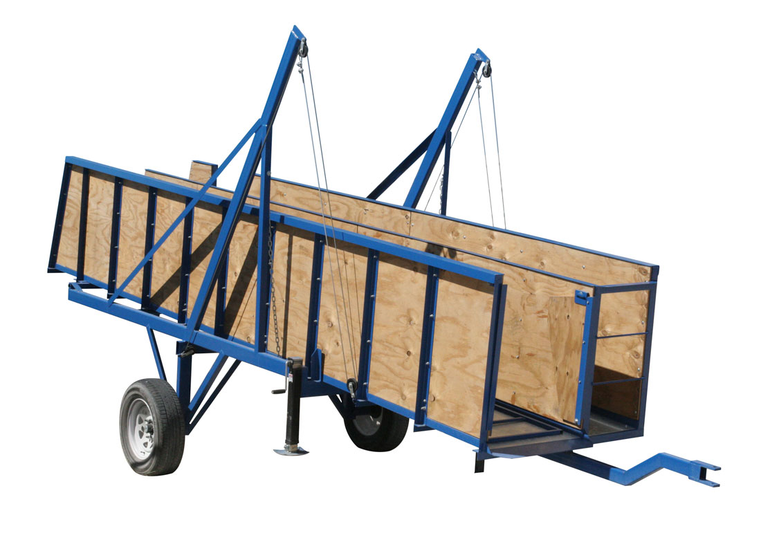Hog Slat portable loading chutes can be easily moved from one load-out area to another as needed when pigs need to be transferred between barns and livestock trailers.