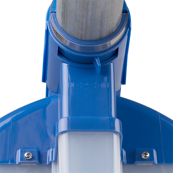 A positive shut-off slide allows individual Center Drop feeders to be turned on and off as feeding space needs change.