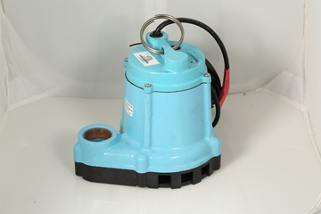 Little Giant® Submersible Pump 1/3 Hp Image